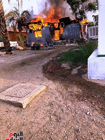 285777-تضرر-الاستراحة-من-الحريق