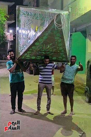 شاب قبطى بقرية الحتاحته بالمنيا يهدى مسلم (3)