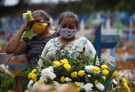 الحزن يهيمن على أهالى الضحايا