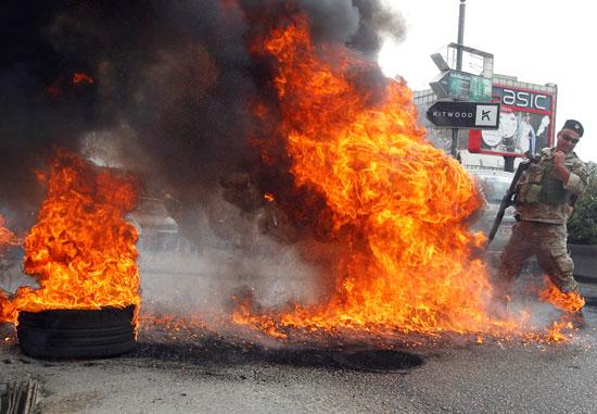 جانب من أعمال العنف فى لبنان