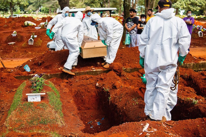 مقابر البرازيل