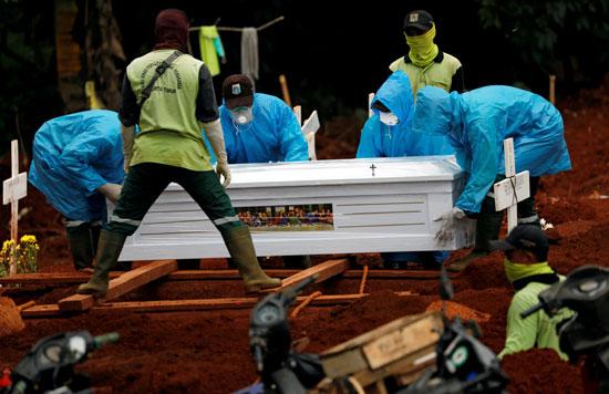 دفن الموتى