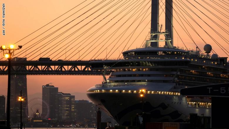 200401123239-diamon-princess-cruise-ship-2