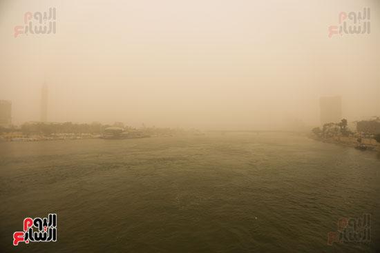 عاصفة ترابية (7)