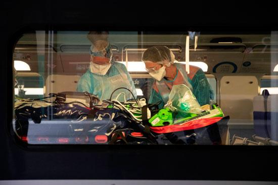 تجهيز وحدة العناية داخل القطار لإستقبال مصابى كورونا