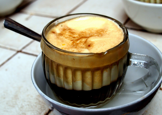 القهوة بالبيض