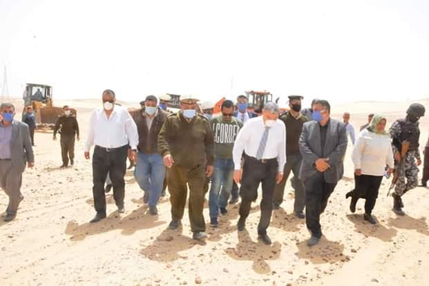 محافظ المنيا يقود حملة مكبرة لاسترداد أراضي الدولة (2)