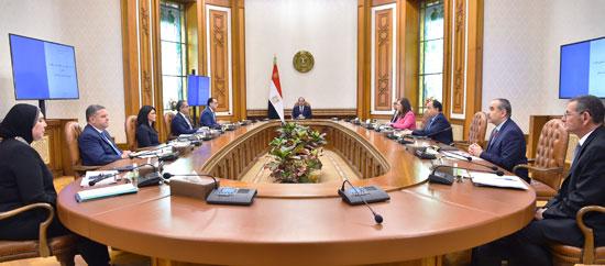 الرئيس-السيسى-يوجه-بعدة-اجراءات-لتلافى-تداعيات-كورونا-(1)