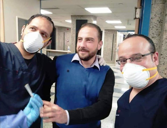 أحد المتعافين من كورونا بمستشفى العزل فى قها (4)