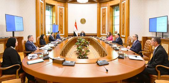 الرئيس-السيسى-يوجه-بعدة-اجراءات-لتلافى-تداعيات-كورونا-(3)