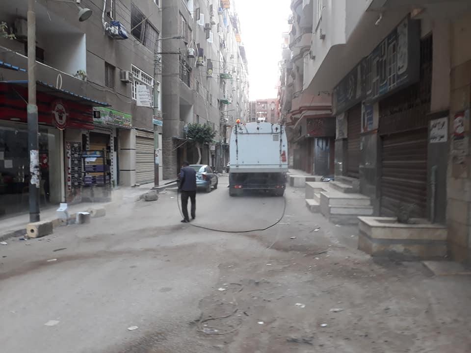 تعقيم الشوارع بعد حظر التجوال