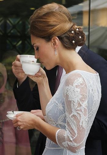 كيت ميدلتون في حفل شاي