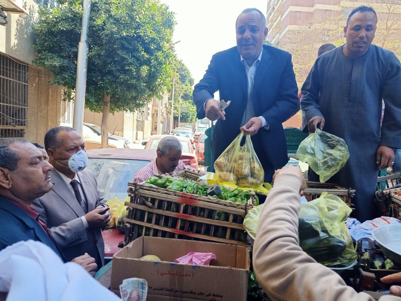 منافذ بيع مبادرة خير مزارعنا لأهالينا (4)