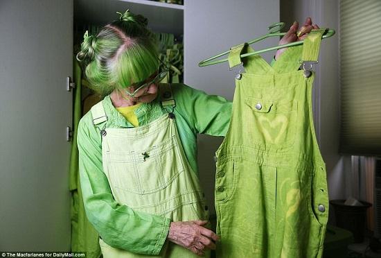 السيدة الخضراء (6)