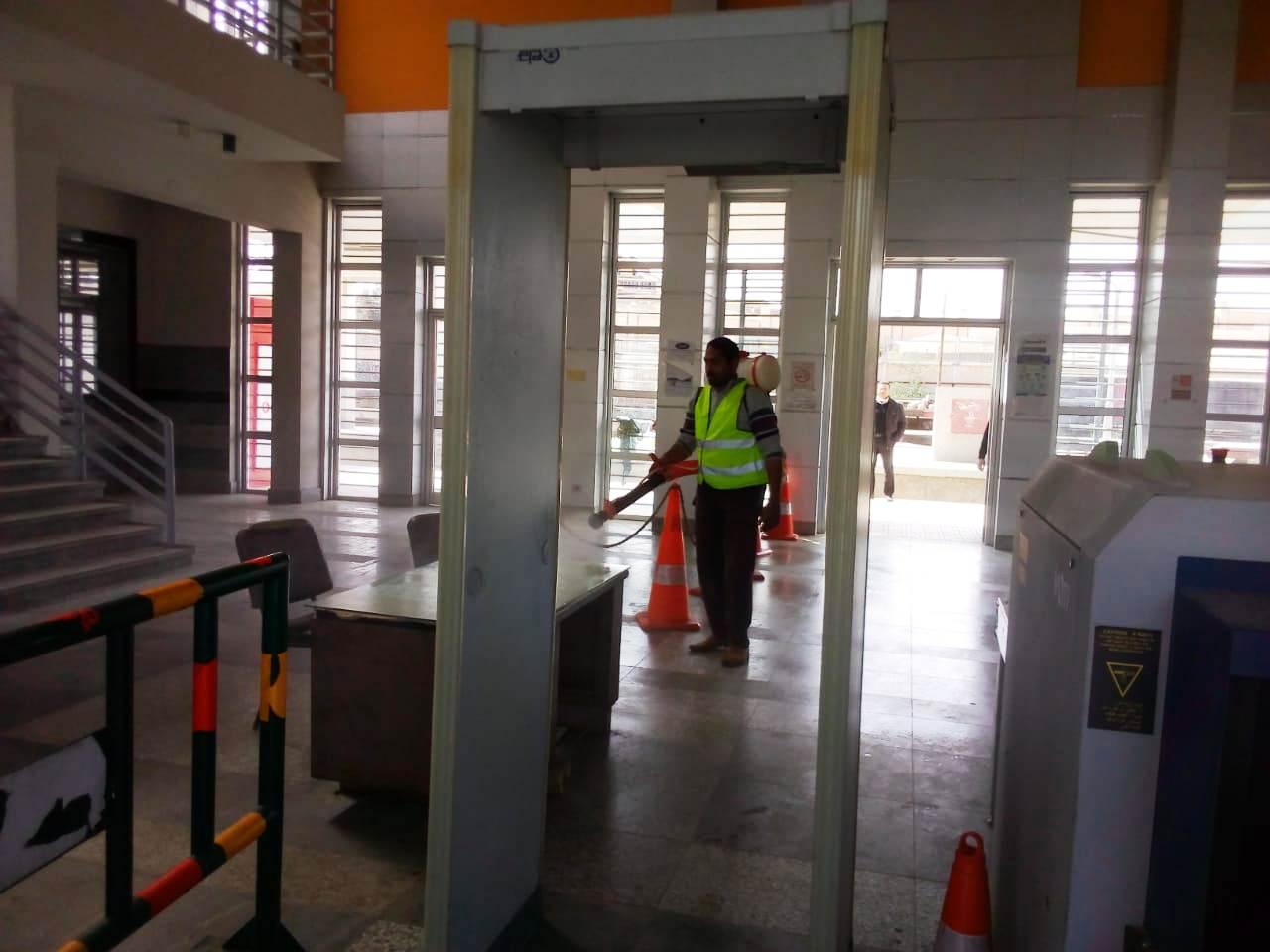 تطهير ورش محطة قطار مطروح يوميا