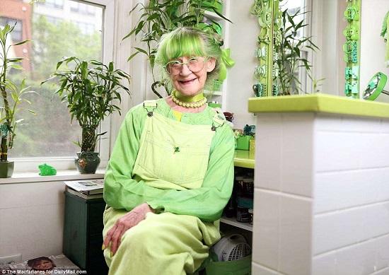 السيدة الخضراء (9)