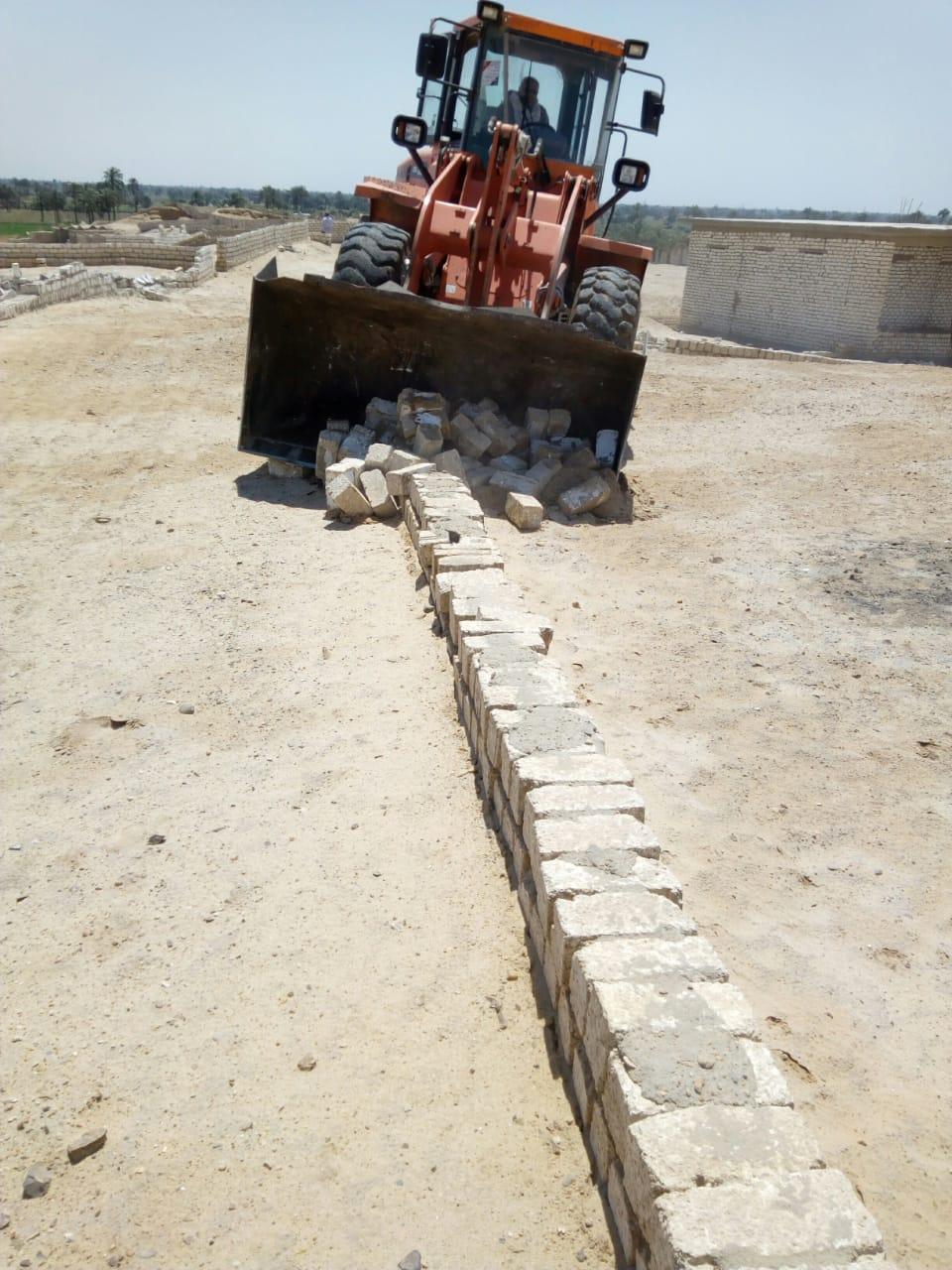 إزالة تعديات على الأراضى ببنى سويف (7)