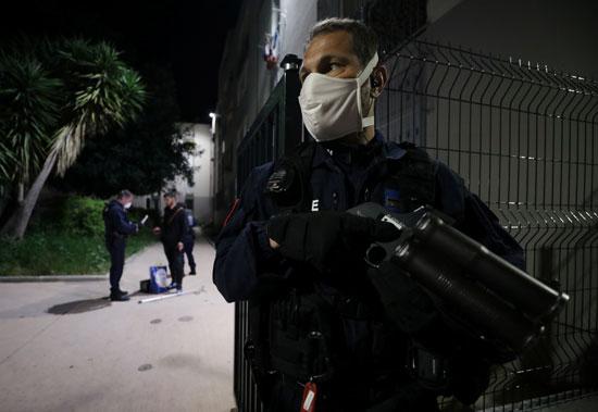 عناصر من الشرطة الفرنسية بمدينة نيس