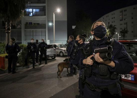 انتشار القوات بمدينة نيس لمنع التجول