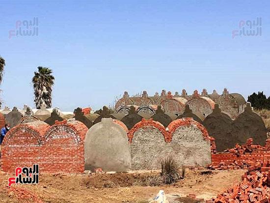 إزالة 90 مقبرة بناها أهالى المنوفية (10)