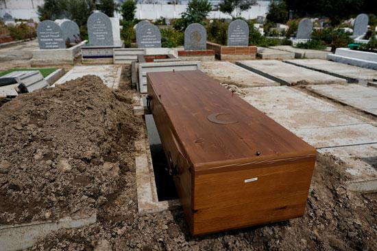 تابوت قبل دفنه