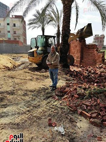 إزالة 90 مقبرة بناها أهالى المنوفية (5)