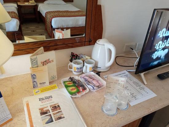 الغرف والطعام المخصص للعائدين من الخارج (4)