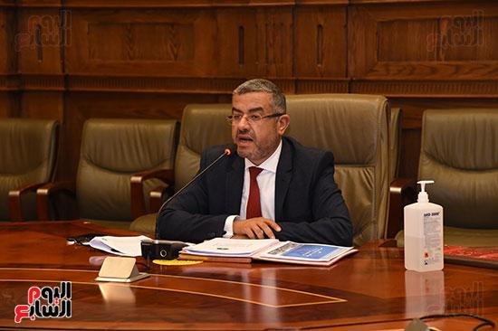 اجتماع لجنة الإسكان والمرافق (8)