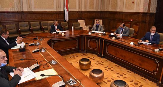 اجتماع لجنة الإسكان والمرافق (3)