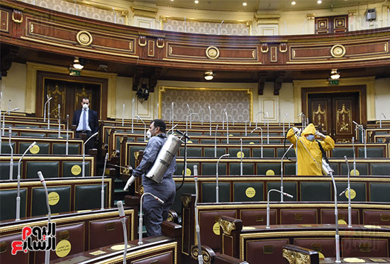 تعقيم و تطهير قاعات البرلمان استعدادا لجلسات الأحد المقبل (17)