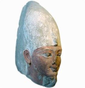 الملك احمس (1)