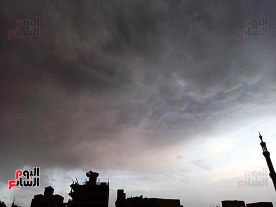 أمطار ورعد وبرق في سماء محافظة الأقصر (6)