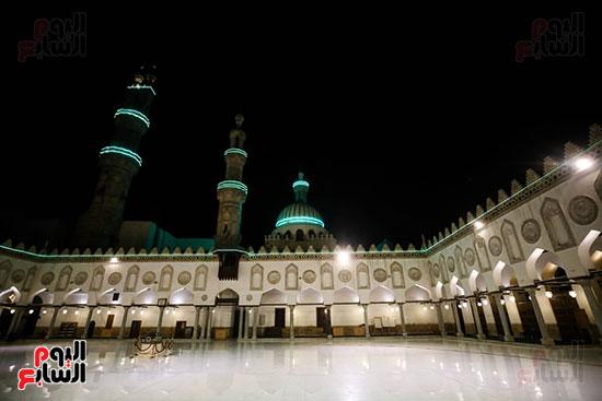 أول صور من صلاة التراويح بالجامع الأزهر  (1)