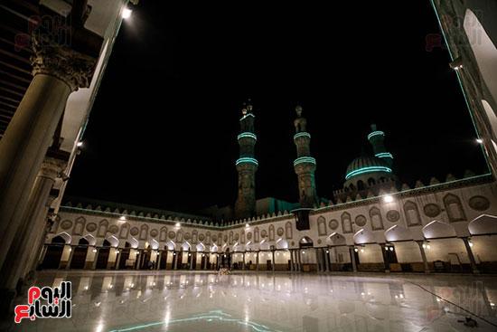 أول صور من صلاة التراويح بالجامع الأزهر  (3)