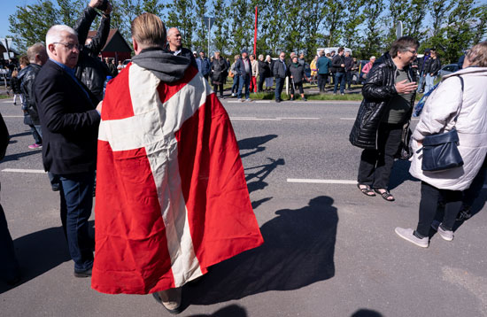 أعداد من المواطنين فى الدنمارك خرجوا للتظاهر بعد أسابيع من الإغلاق
