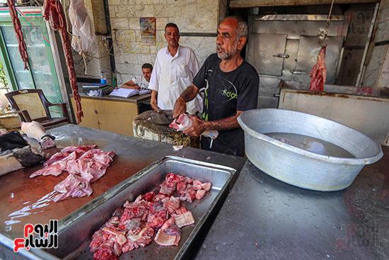 عمر بائع فواكه اللحوم