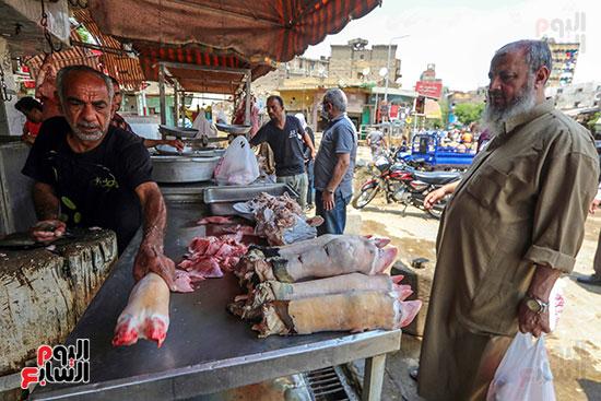 البيع والشراء لفواكه اللحوم
