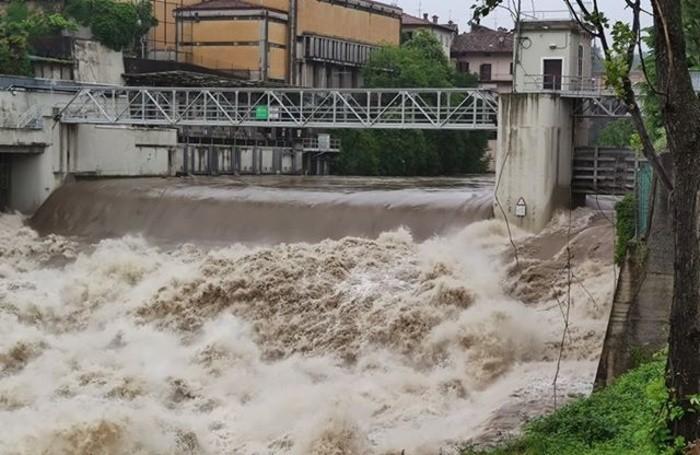 فيضانات فى ايطاليا