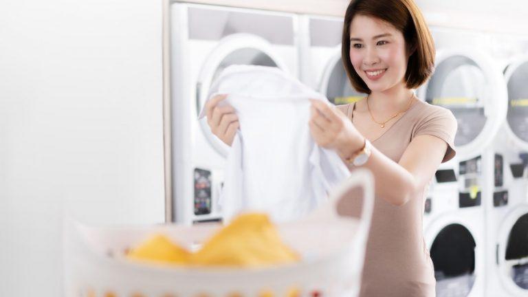 غسل الملابس