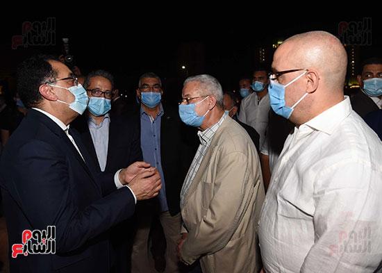 جولة تفقدية لرئيس الوزراء بميدان التحرير لمتابعة أعمال التطوير (9)