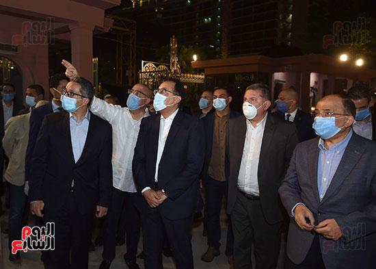 جولة تفقدية لرئيس الوزراء بميدان التحرير لمتابعة أعمال التطوير (3)