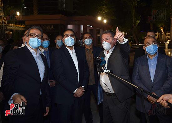 جولة تفقدية لرئيس الوزراء بميدان التحرير لمتابعة أعمال التطوير (2)