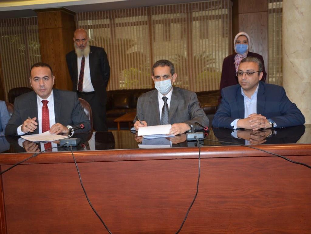 هيئة قضايا الدولة توقع عقدا مع الغربية (2)