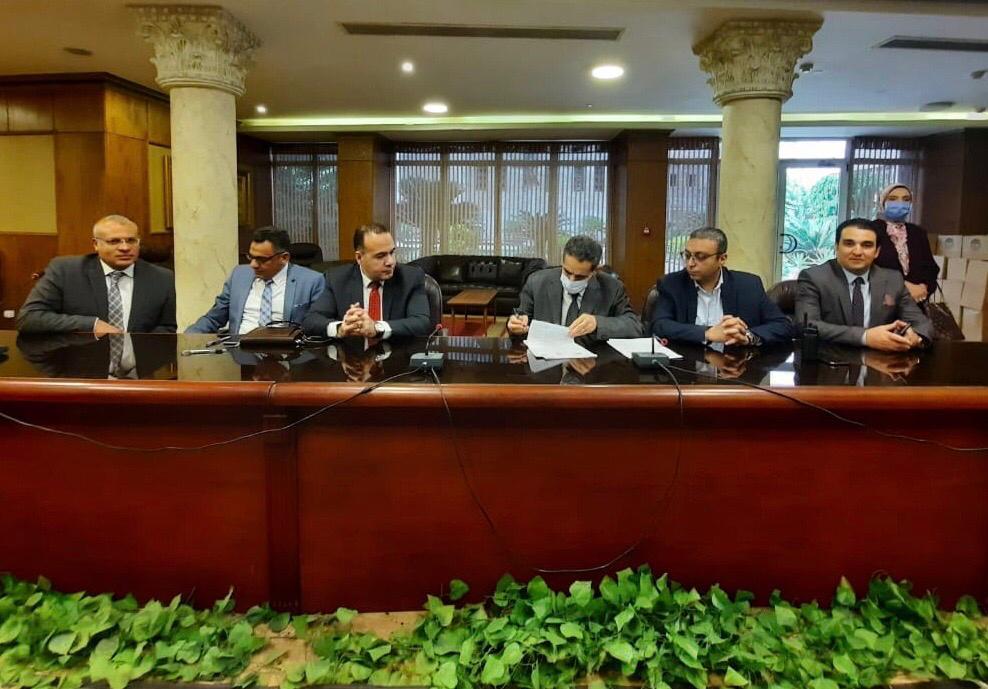 هيئة قضايا الدولة توقع عقدا مع الغربية (1)