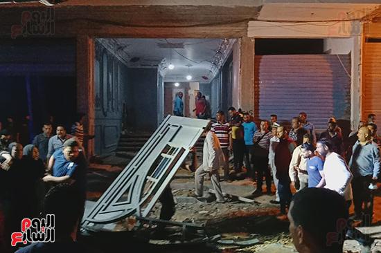 إزالة 53 طابقا بـ19 عقارا مخالفا فى حملة مكبرة بالإسكندرية (2)