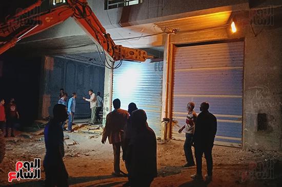 إزالة 53 طابقا بـ19 عقارا مخالفا فى حملة مكبرة بالإسكندرية (1)