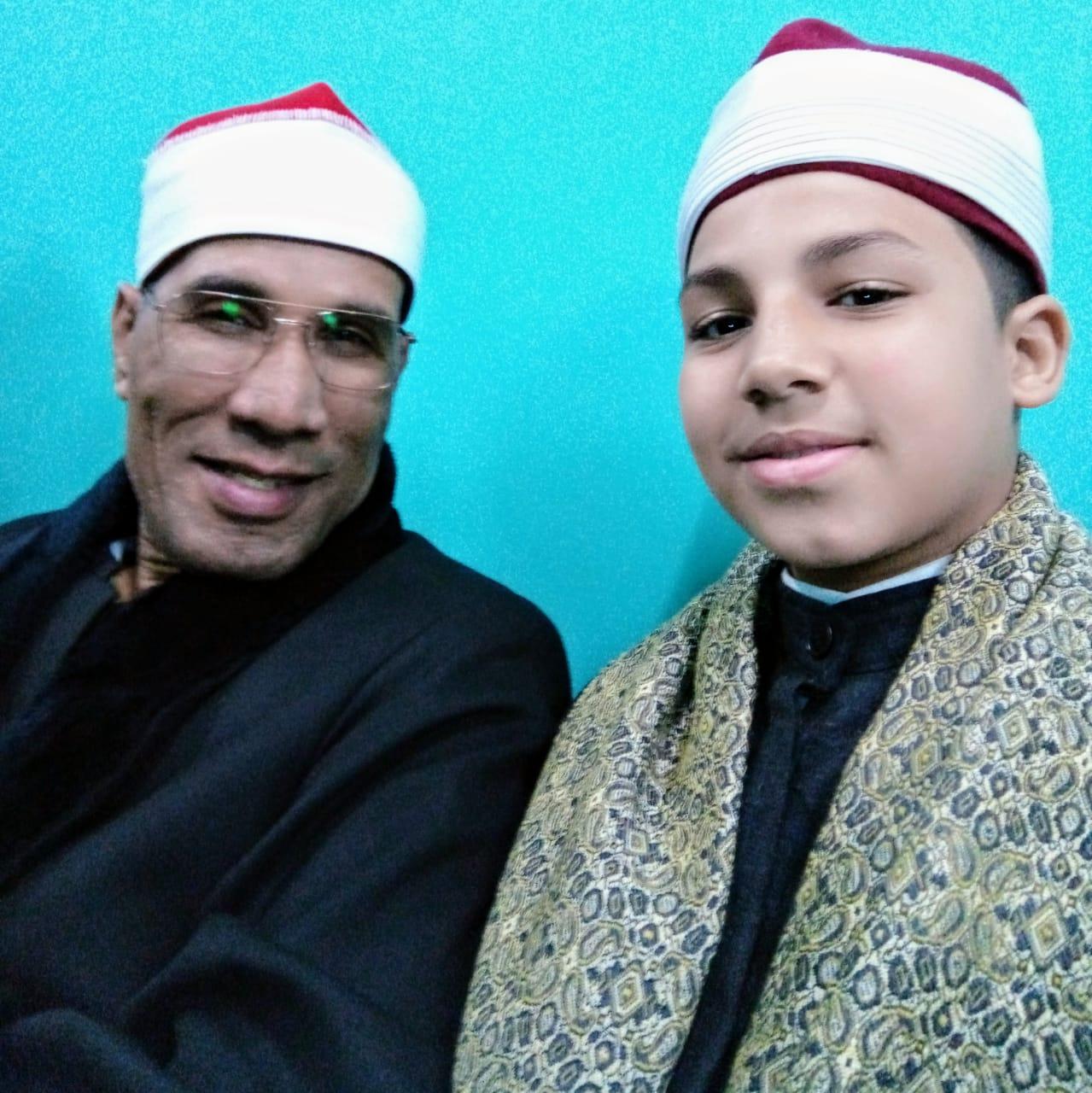 القارئ محمد عادل الأعسر داخل مسجد الفتاح العليم 2