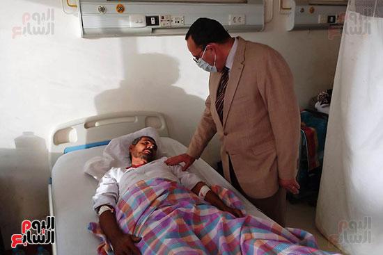 اليوم السابع يتتبع لقاءات محافظ الدقهلية بعد إعلان إصابته بكورونا (1)