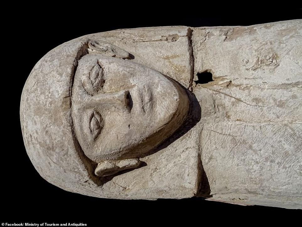 مراهقة فرعونية