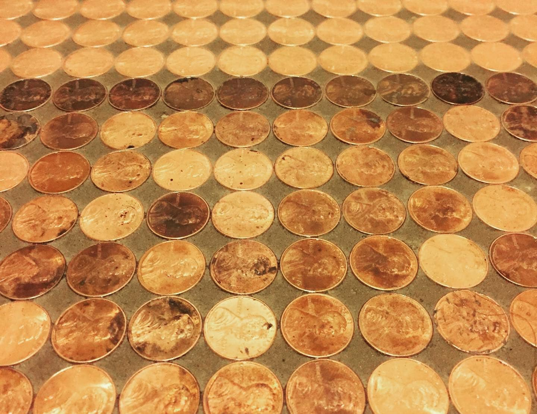 امريكية صممت عمل فنى من الفسيفساء مصنوعة بـ 7500 بنس (2)